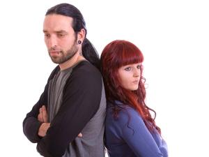 Paarkonflikte: Therapeutische Hilfe wenn Paare schweigenund nicht die richtigen Worte finden.